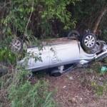 Condutor do outro veículo teve ferimentos leves.  Casal morreu em acidente no Norte (Foto: Internauta/ Jobin)