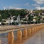 Ponte sobre o rio Doce em Colatina - ES